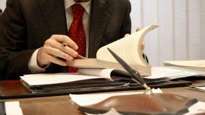 Превод на юридически текст е отговорна задача, ако се допусне грешка при превода страдат правата на личността