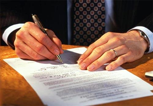 При закупуване на недвижим имот в чужбина се налага превод на лични документи и други видове документи