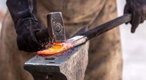 Както ковачът трябва да направи съвършеното острие, така и преводачът трябва да прави перфектни преводи