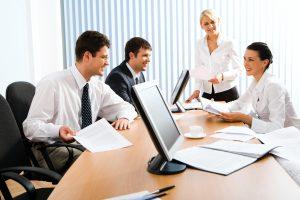 Добро управление на екип от преводачи за голям проект за превод - ключът към успеха на агенция за преводи и легализация