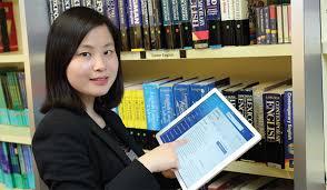 Удобен помощник при превод е електронния речник